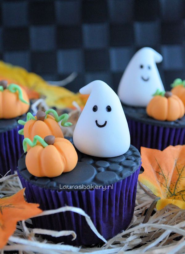 Halloween cupcakes 1a