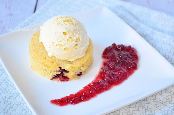 sinaasappel-cranberry-cake-met-ijs-5a