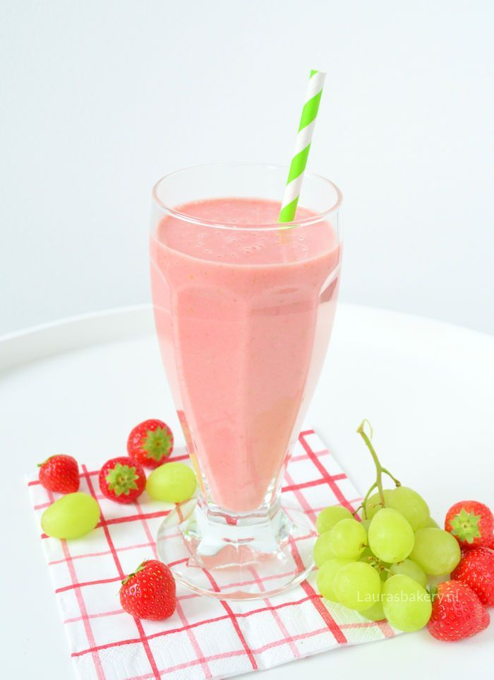 aardbeien druiven smoothie 1a