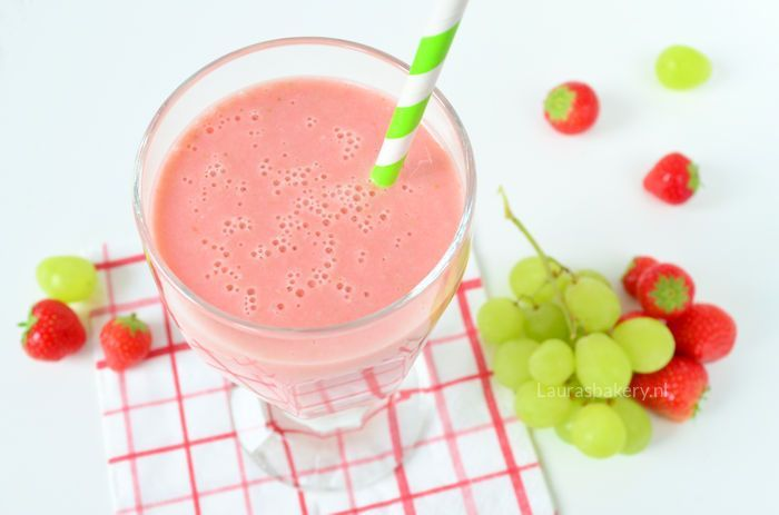 aardbeien druiven smoothie 2a