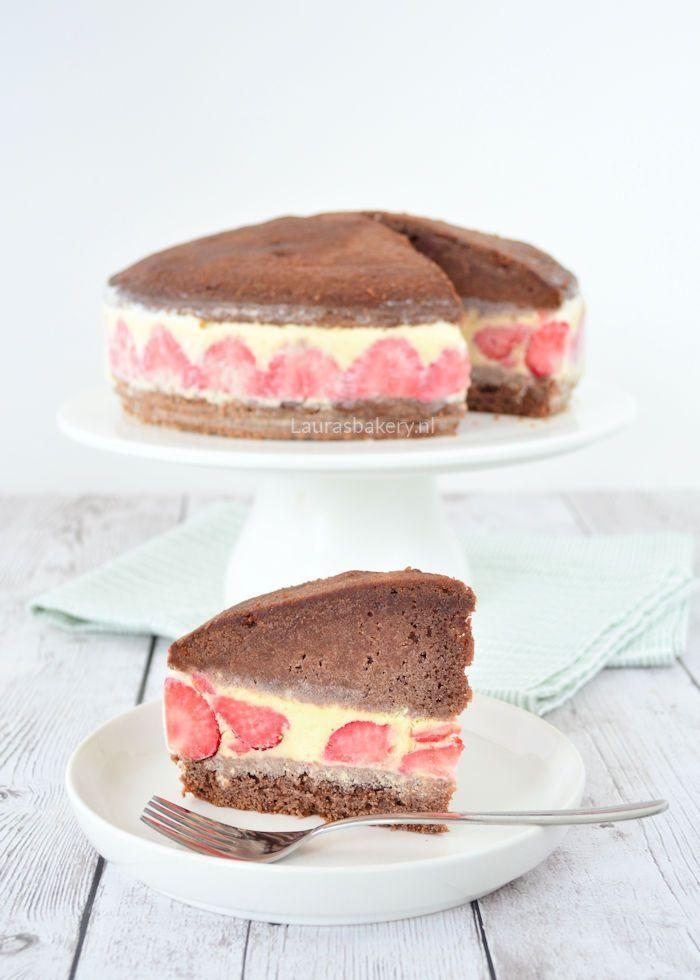chocolade ijscake met aardbeien 1a