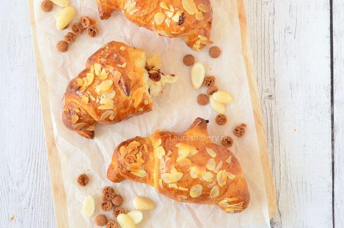 croissants-met-spijs-en-speculaas-3a