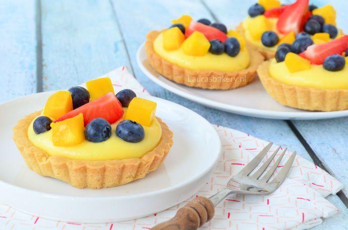 fruit tartelettes met banketbakkersroom 3a
