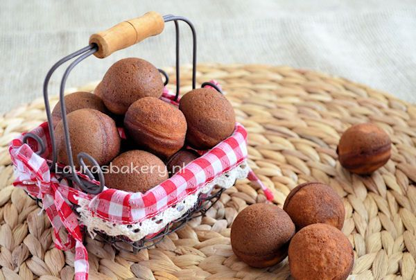 gingerbread cake pops 2a