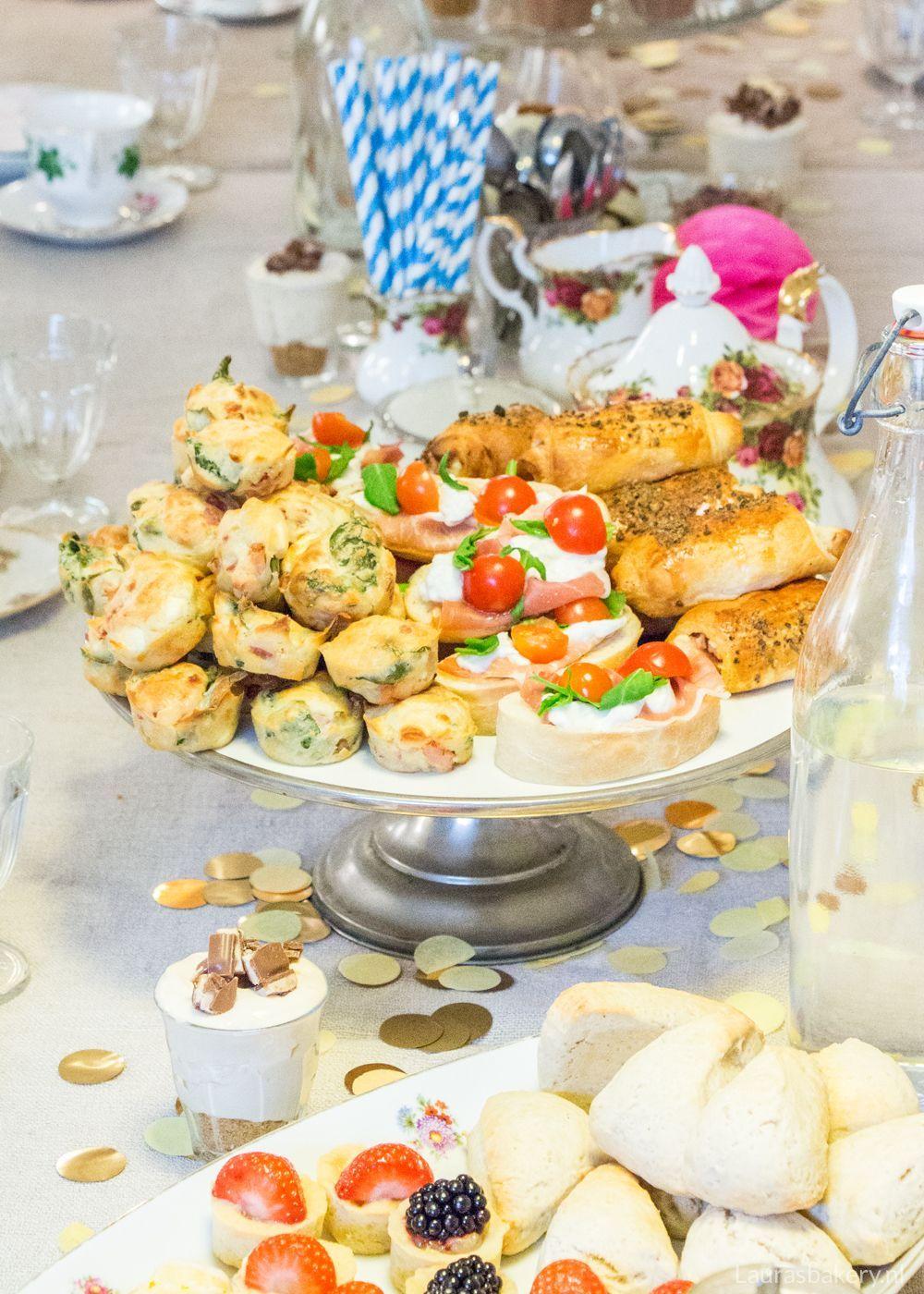 Super High-tea menu voor Pasen - Laura's Bakery VX-17