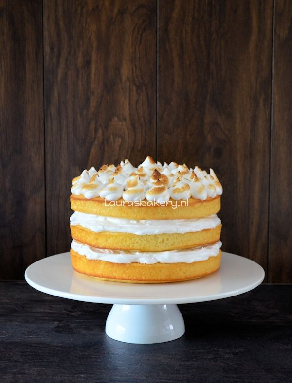 lemon meringue cake 1a