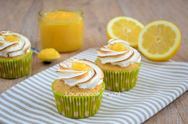 lemon meringue cupcakes 2a