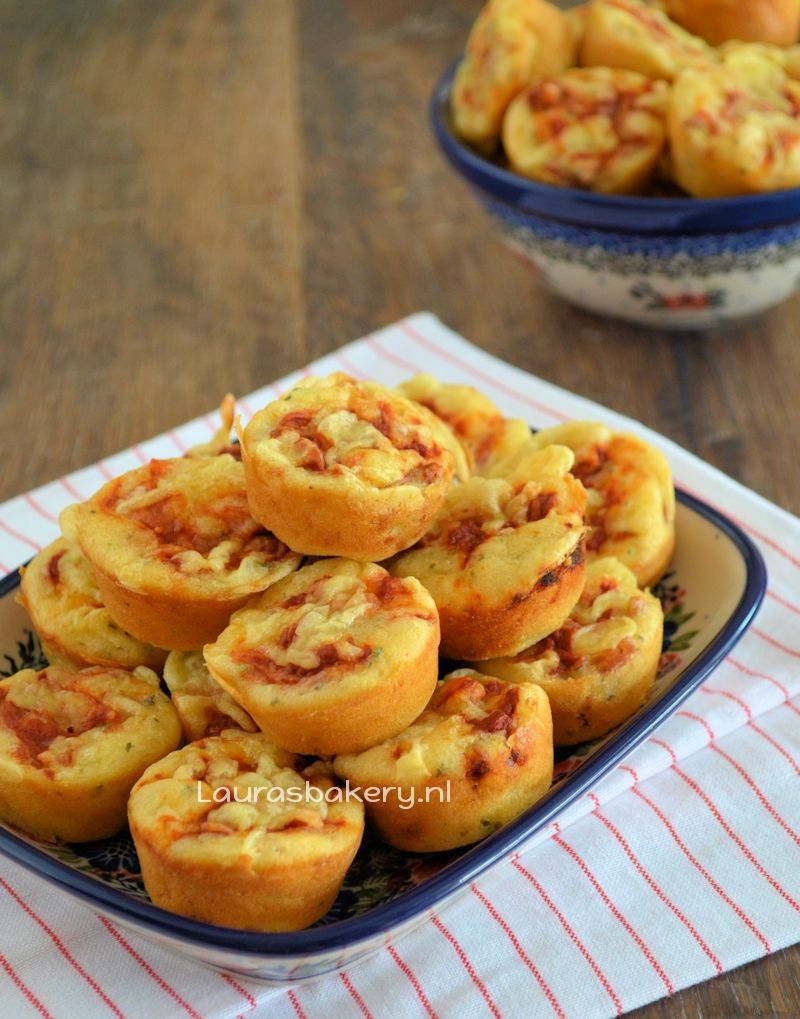 mini pizza muffins 1a