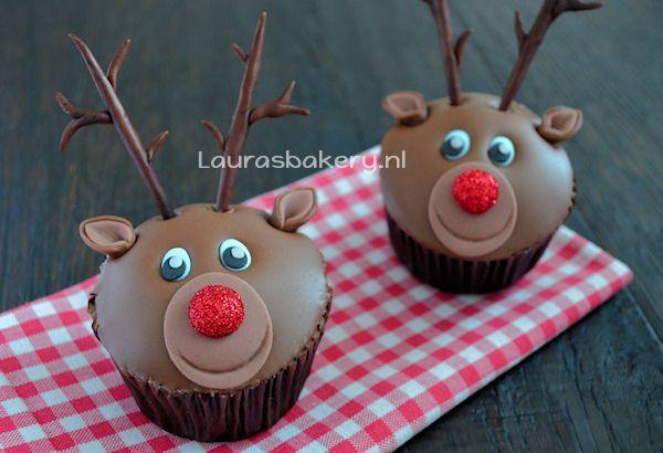 rudolph cupcakes 2a