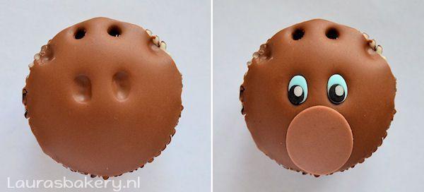 rudolph cupcakes 4a