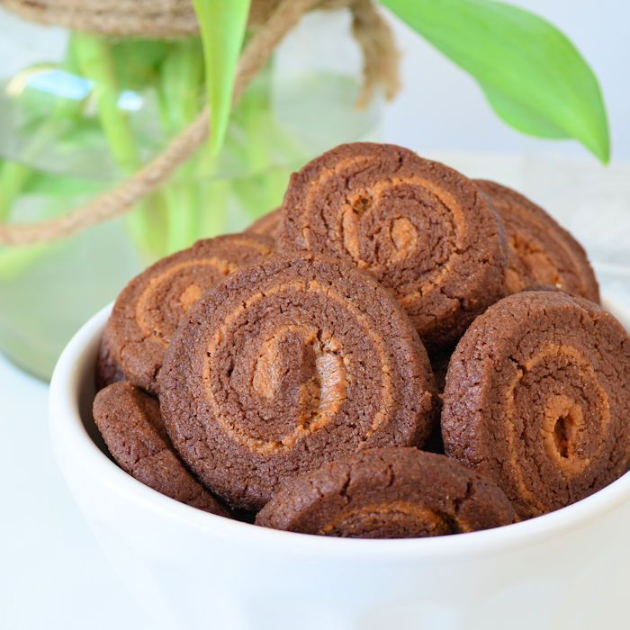 chocolade-pindakaas swirl koekjes