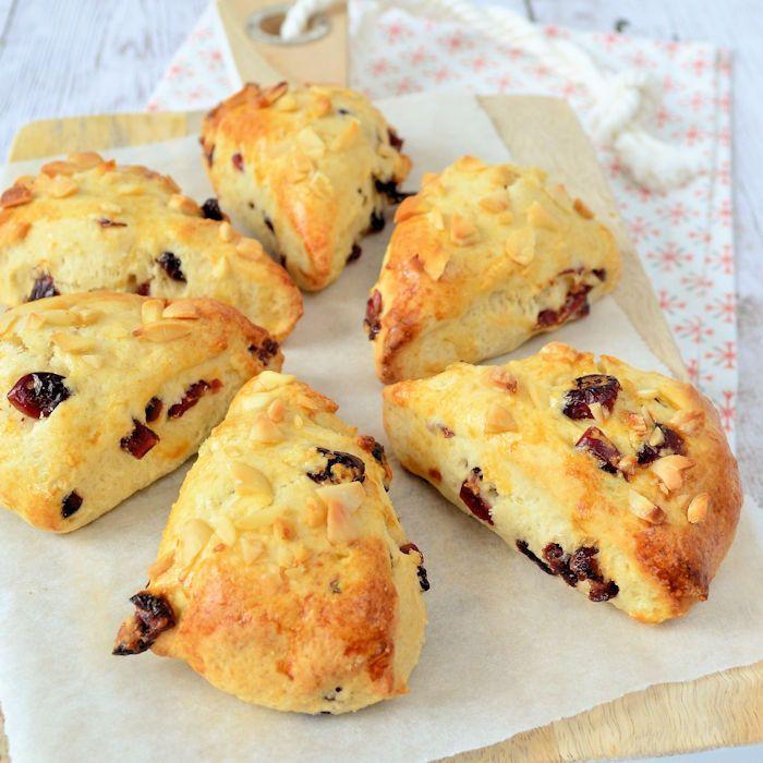Cranberry-amandel scones