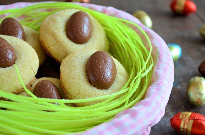 Paaskoekjes: Easter egg kisses