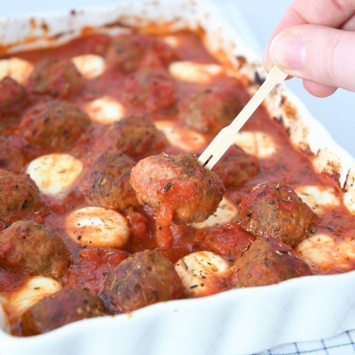 Gehaktballetjes in tomatensaus met mozzarella