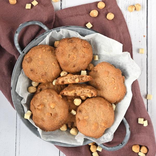 Kaneelkoekjes met witte chocolade en hazelnoten