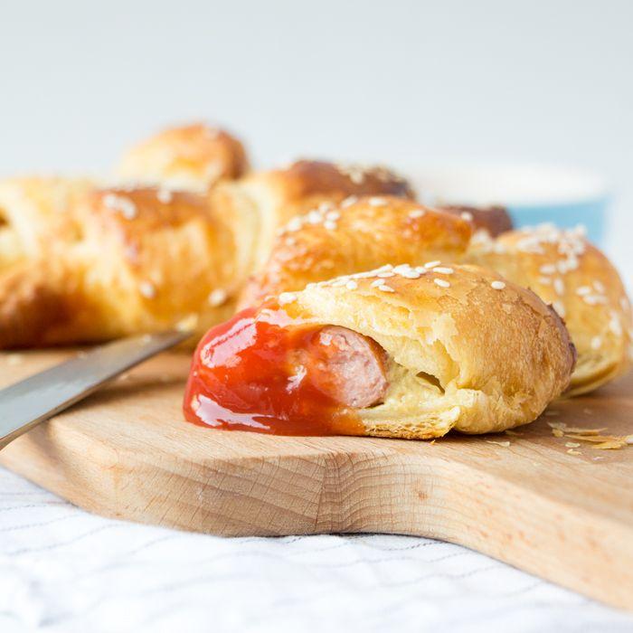 Knakworst croissants