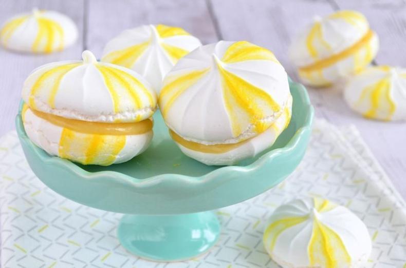Lemon meringue sandwiches