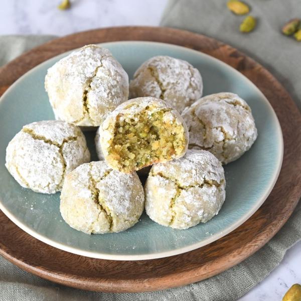Pistache koekjes met groene thee + review Bakken zonder gluten