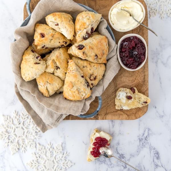 Cranberry-geitenkaas scones