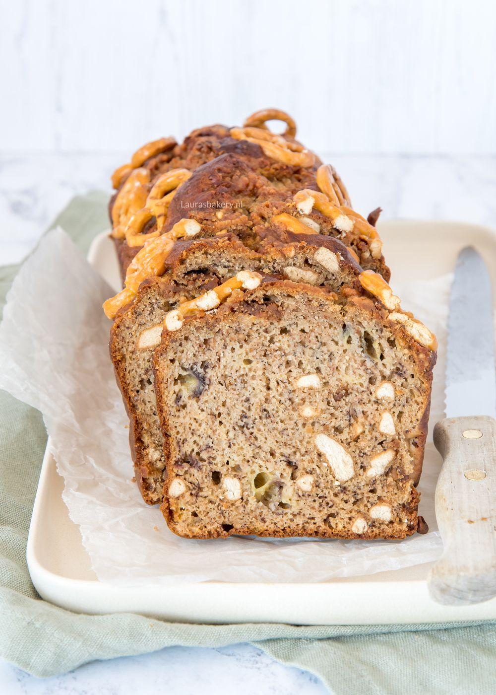Pindakaas-pretzel bananenbrood