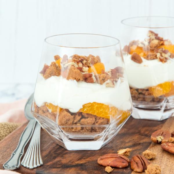 Yoghurt dessert met speculaas en mandarijn