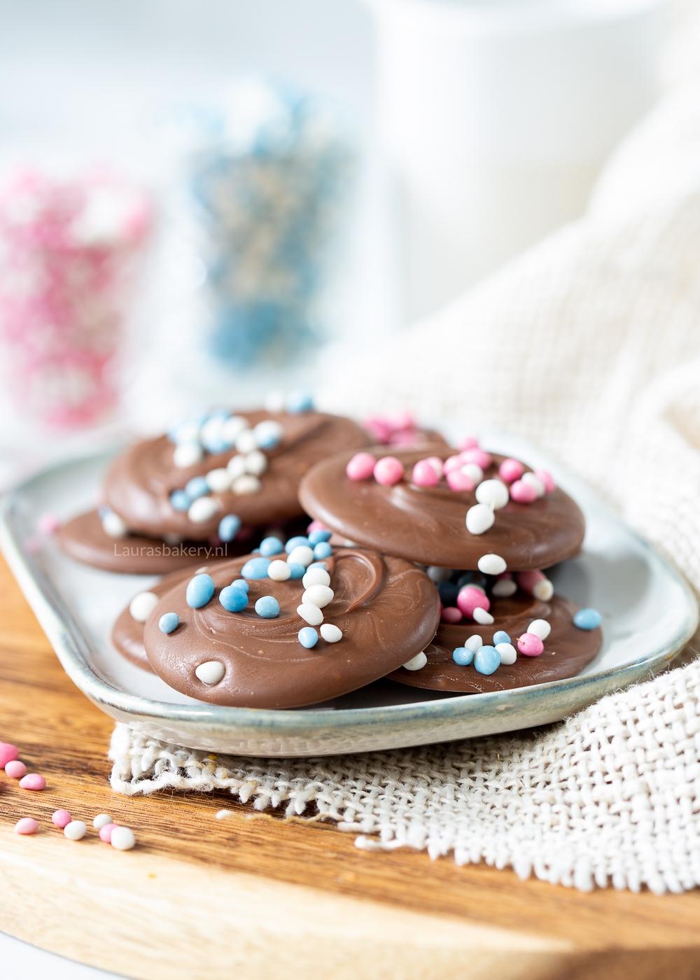 Chocoladeflikken met muisjes