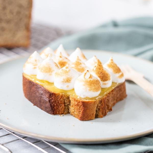 Lemon meringue bananenbrood gebakje