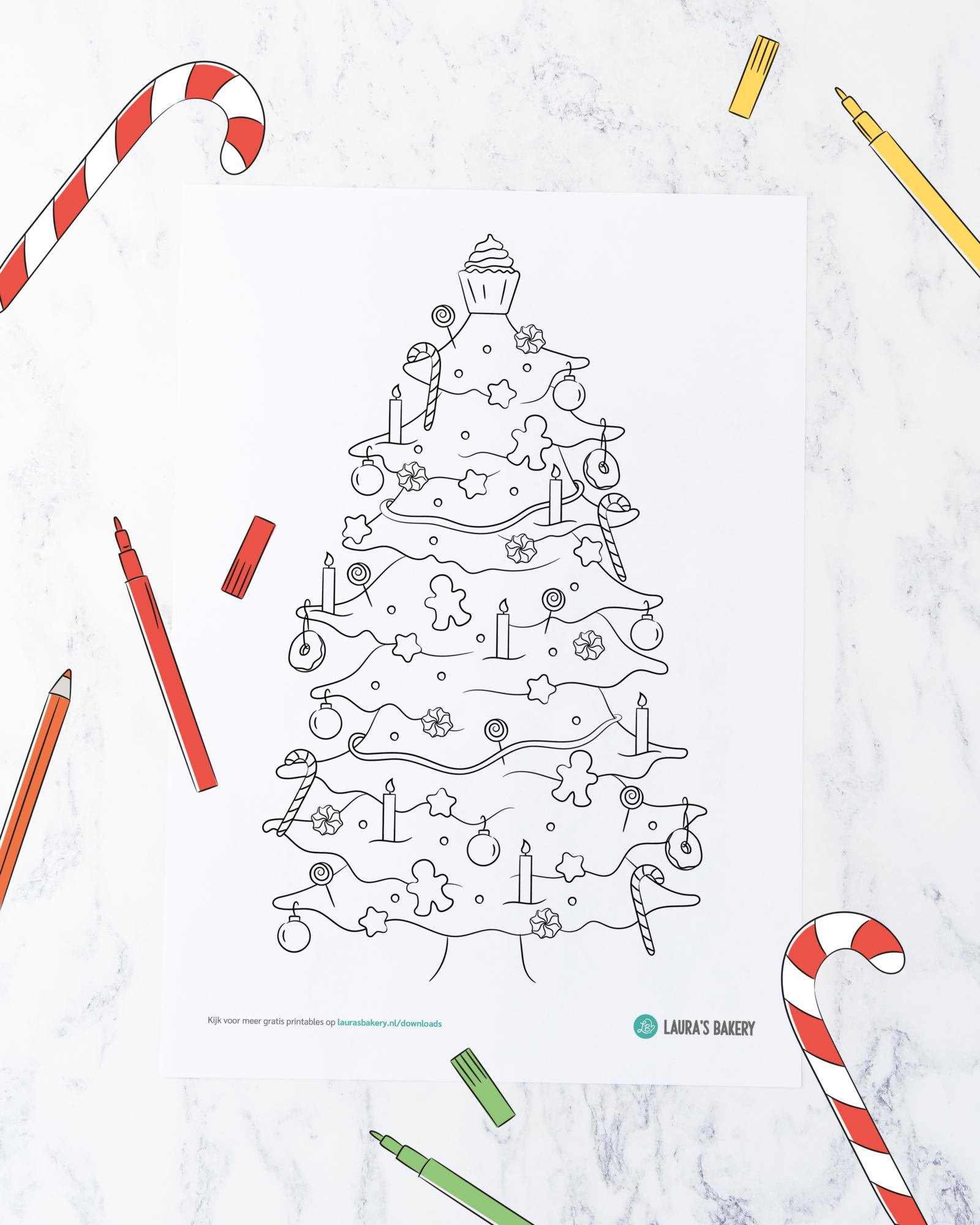 Printable: kleurplaat zoete kerstboom