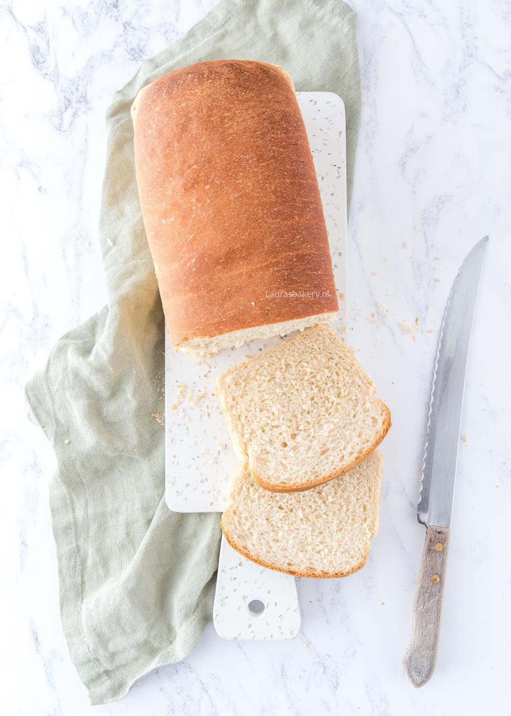 Brooddeeg laten rijzen in de koelkast