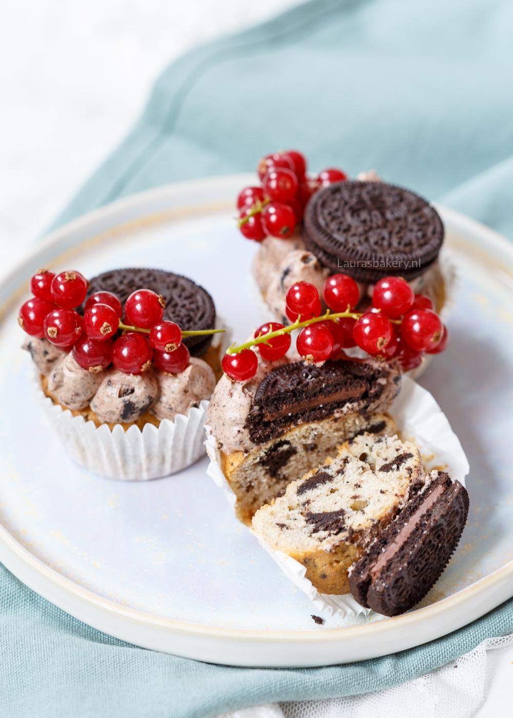 Oreo cupcakes met aalbessen