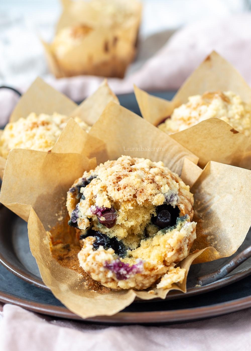 Blauwe bessen kruimel muffins