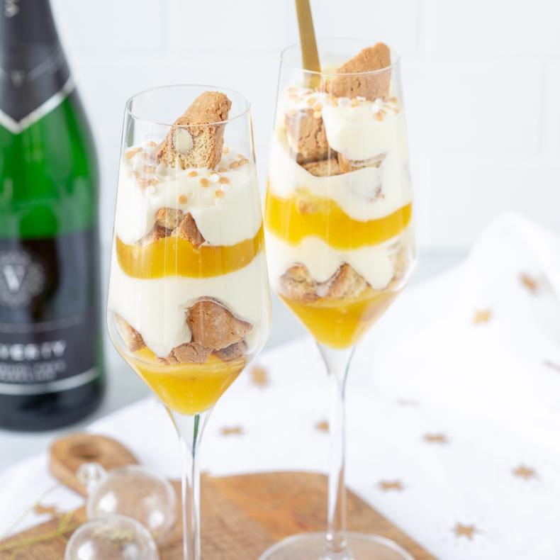 Citroen-champagne trifle