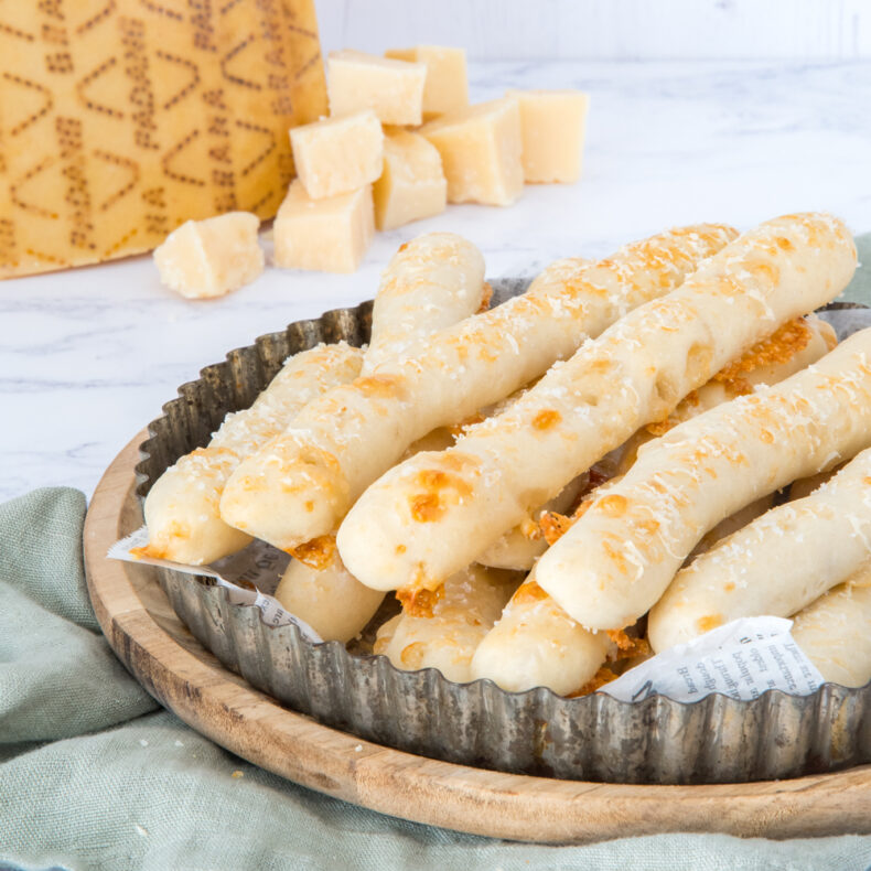 Broodstokjes met kaas